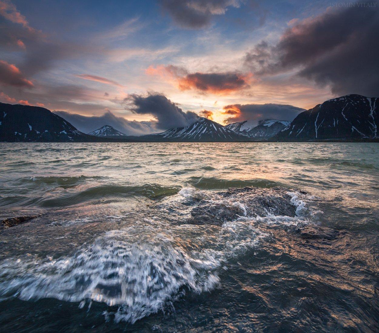 пейзаж,вода,хибины,горы,россия,небо,цвет,снег,волны,панорама,перспектива,облака, Истомин Виталий