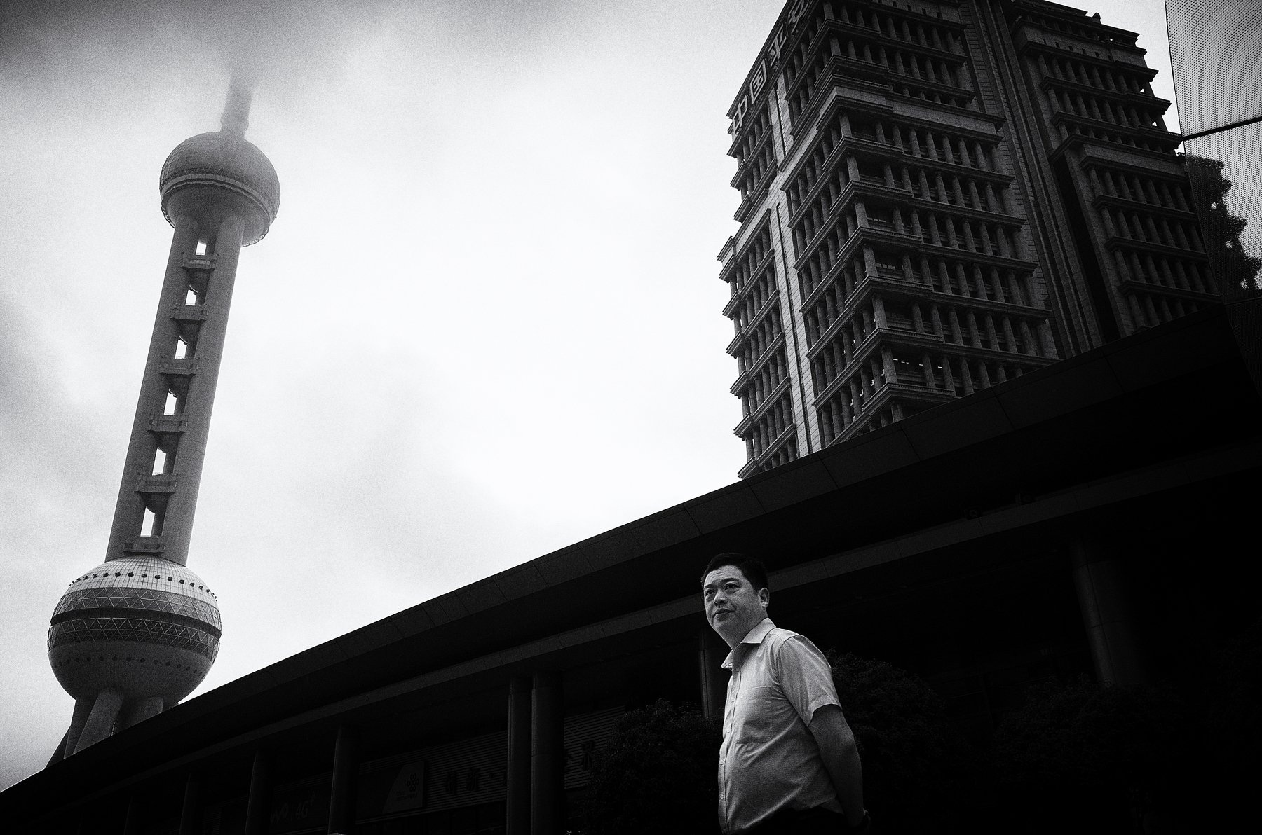 black and white , street photography , yajun.hu