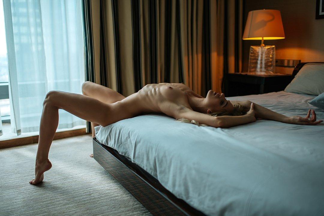 ню, отель, блондинка, Дмитрий
