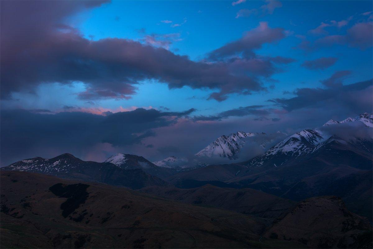 природа, пейзаж, кавказ, горы, весна, вечер, панорама, закат, солнце, небо, облака, свет, Альберт Беляев
