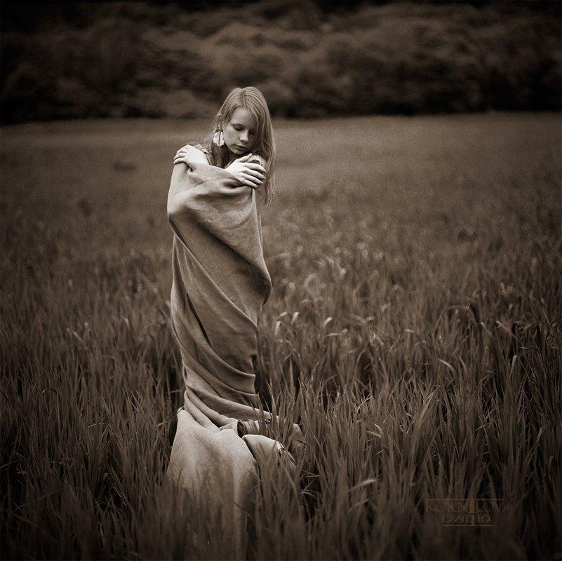 девушка, трава, плёнка, 6x6, средний, формат, киев, 88, ektacolor, северные, земли, дмитрий, корнилов, плёнка, пленка, Барсук