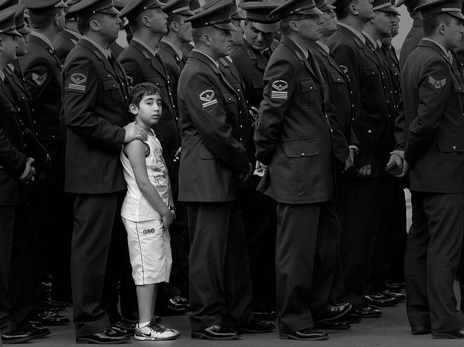 мальчик, солдаты, парад, Жечо Планински