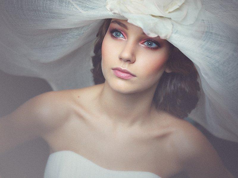 шляпа, девушка, портрет, взгляд, Владимир Зотов