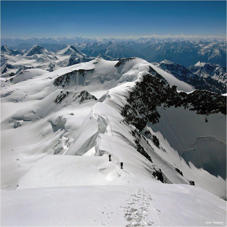 горы, памир, туризм, альпинизм, пик, революции 6974, Иван Жданов