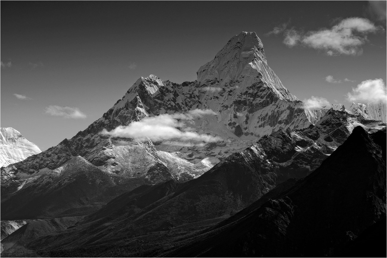 ама-даблам,непал,гималаи,горы,снег,чб, trinitrotoluol
