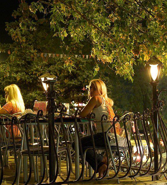 кафе, девушка, лето, ночь, Евгений Харланов