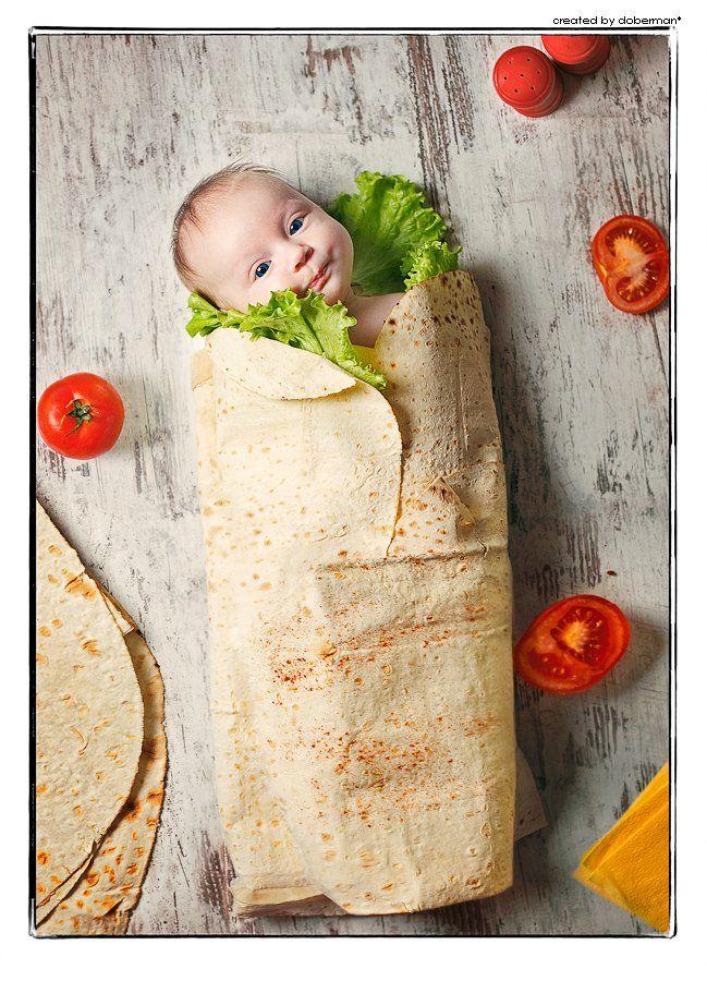 дети, ребенок, шаурма, шаверма, еда, завернут, малыш, помидоры, салат, лаваш, на столе, doberman