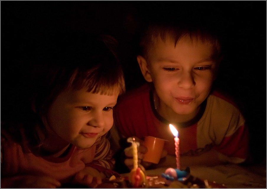 дети торт свечи, Алексей Войницкий