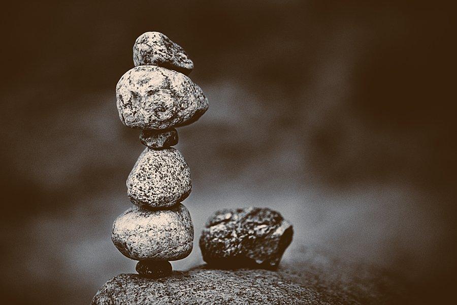 камни,равновесие,ч/б, Мария