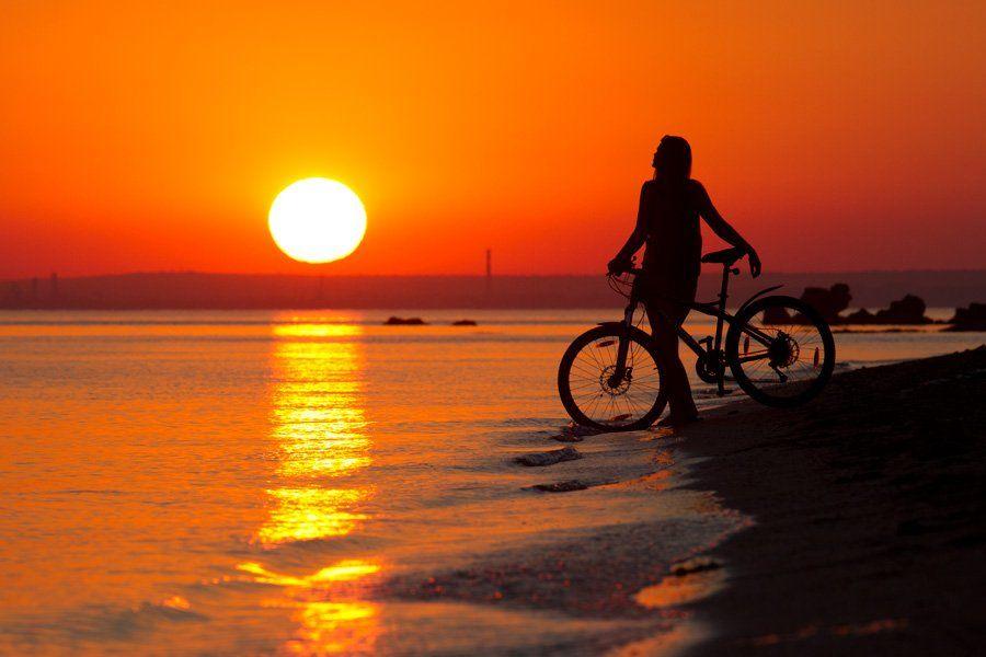 море, девушка, закат, солнце, лето, вечер, велосипед, Евгений Харланов