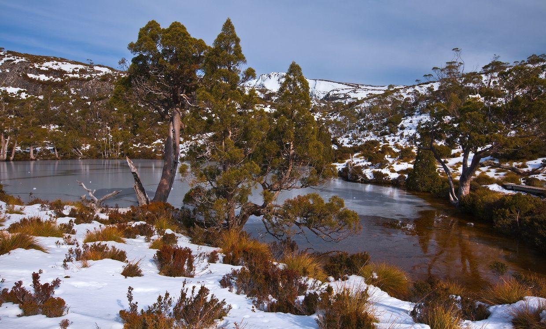 9. Это место называется Wombat Pool. Небольшое и неглубокое озеро в зимние месяцы иногда покрывается льдом.