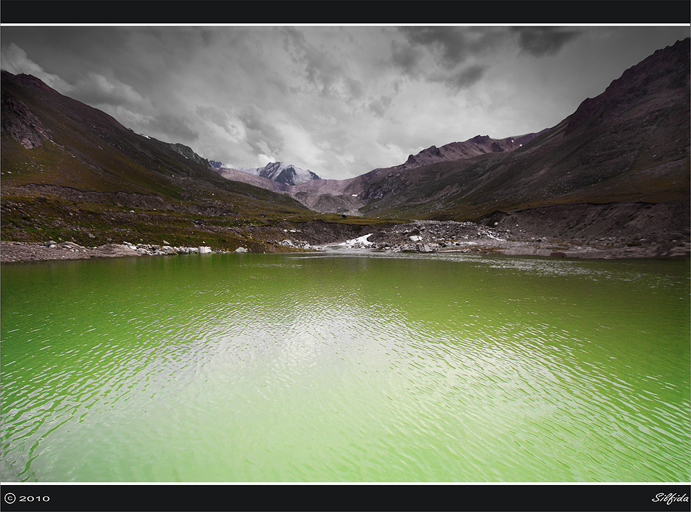 Ущелье Туюк Су- моренное озеро Мынжилки.