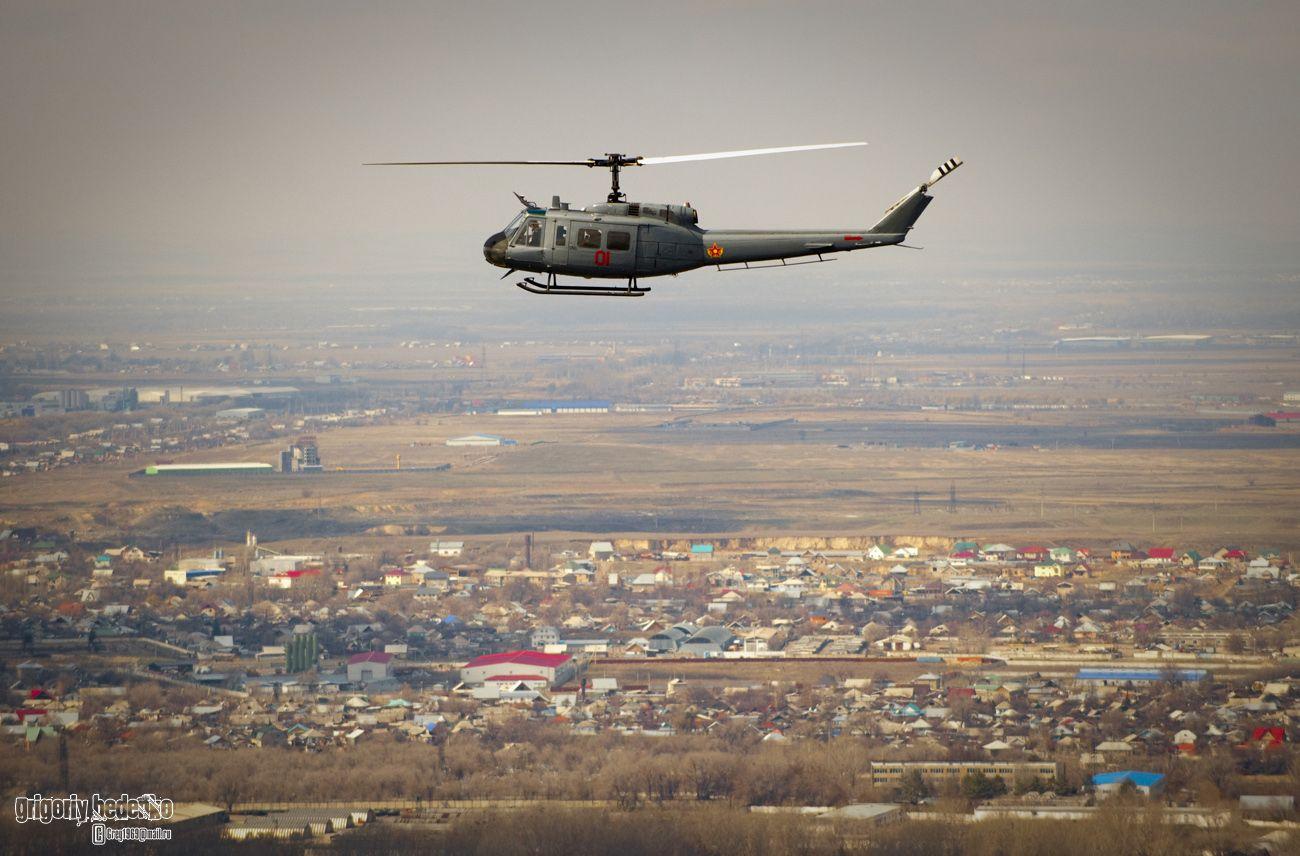 """Американский подарок - Bell UH-2. Находясь на его борту я сразу вспомнил мой горячо любимый """"Апокалипсис сегодня"""" Фрэнсиса Ф.Копполы. )))"""