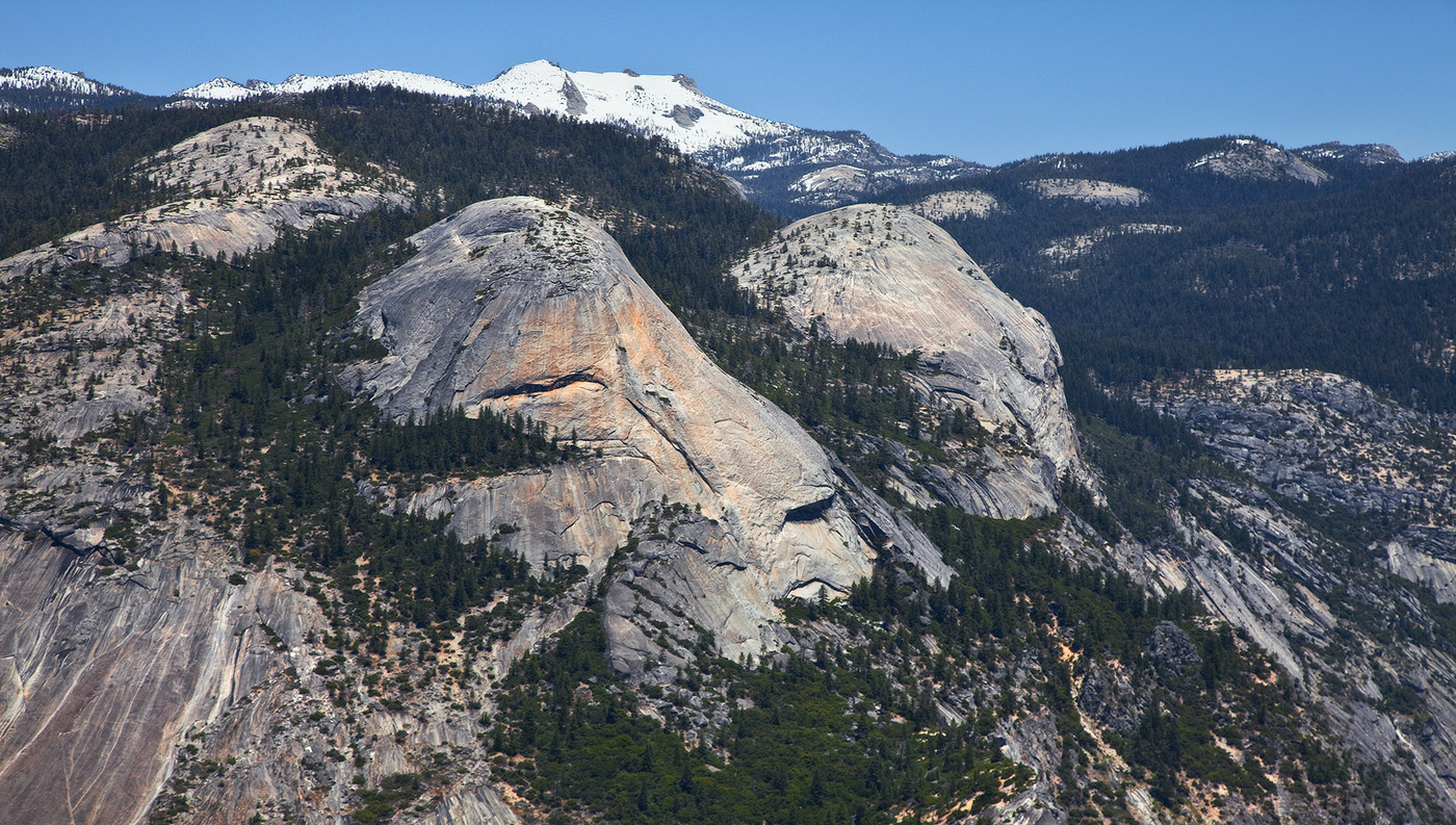 5. Голова обезьяны. Похоже?       С геологической точки зрения парк является уникальной коллекцией различных геологических образований. Это самая большая концентрация гранита в мире и самый большой гранитный монолит в США и за его пределами.