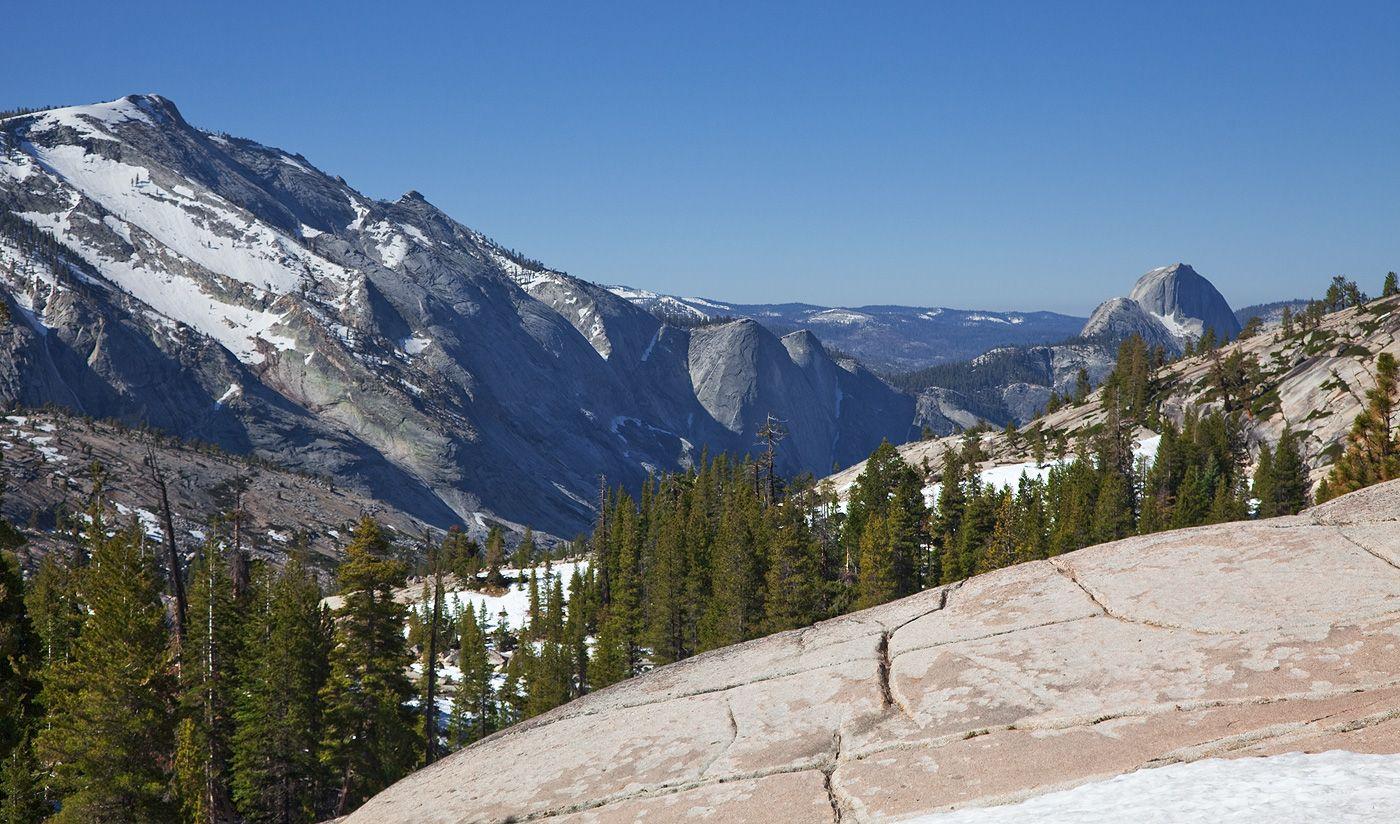 10. В 1864 году Авраам Линкольн подписал документ - Йосемитский Грант - по которому территориям долины Йосемити и рощи Марипоса присваивался статус парка штата. А в 1891 году парку присвоили статус национального.