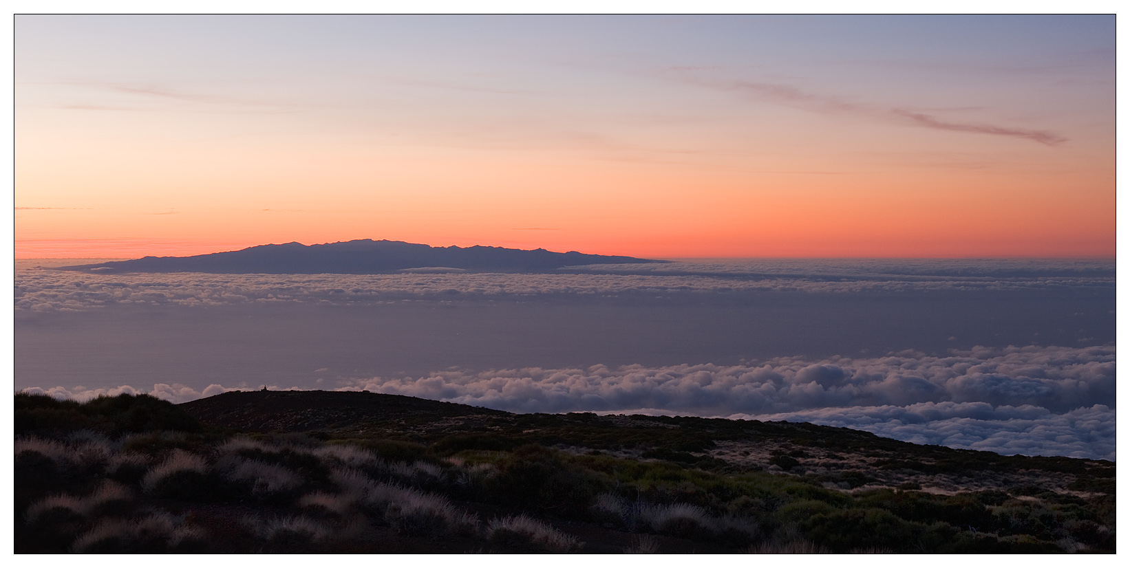 В 1954 году на территории Кальдеры Лас Каньядас был создан Национальный парк дикой природы Тейде. Площадь парка 14 тыс. га, это самый большой заповедник Тенерифе и всех Канарских островов. В 2007 году национальный парк Тейде был объявлен ЮНЕСКО объектом, имеющим всемирное значение.