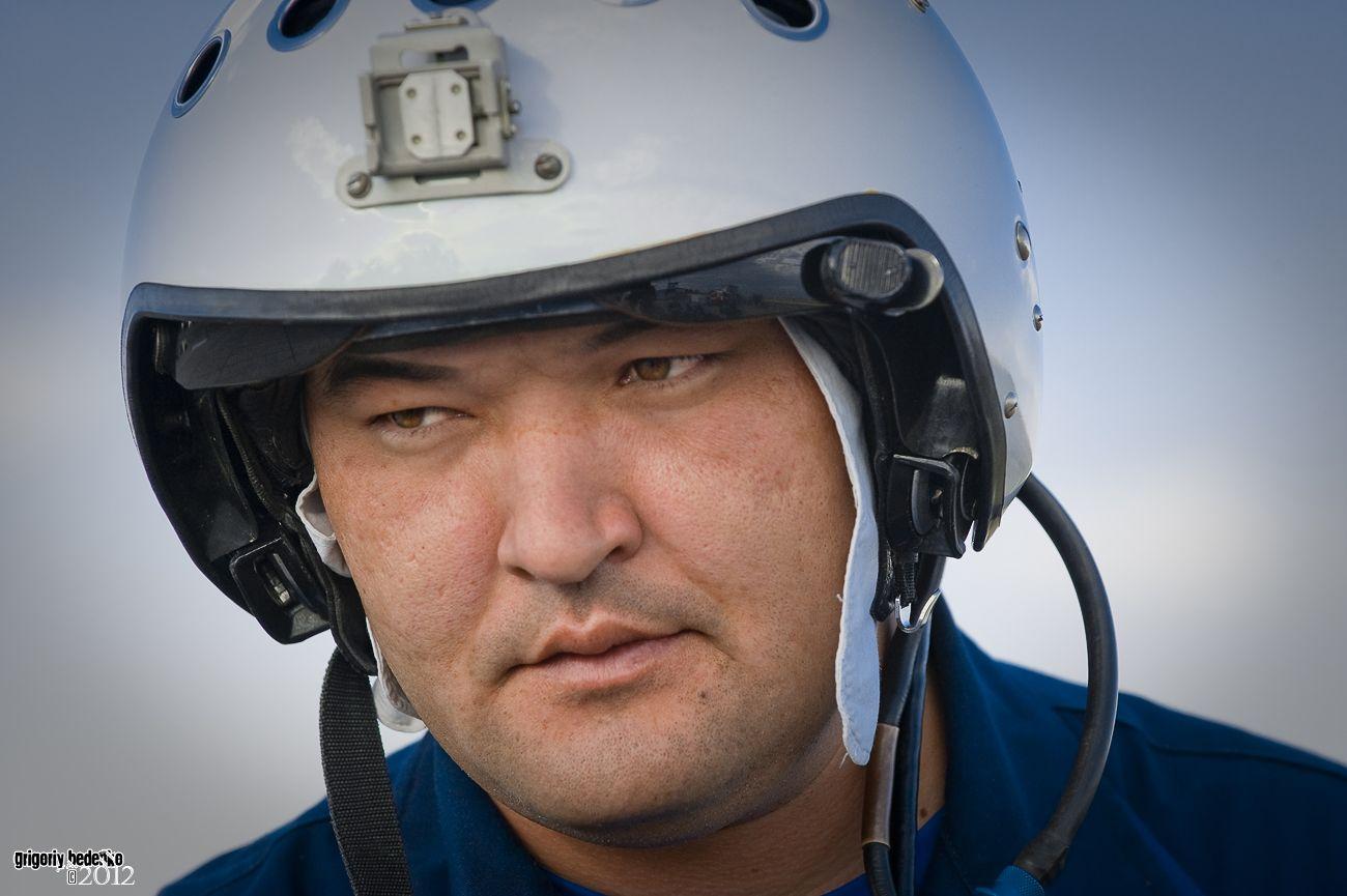 Майор Нурлан Бекбосынов, один из лучших казахстанских военных летчиков.