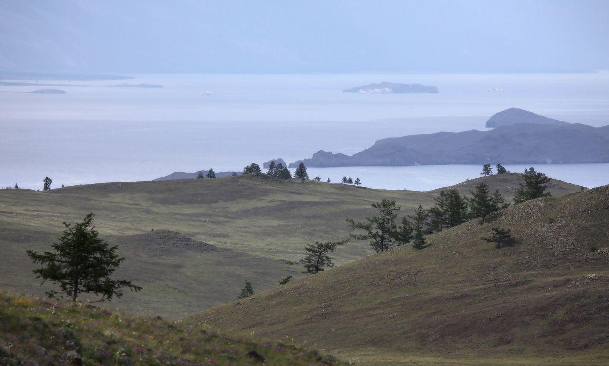 Окрестности Ольхона (на сам остров не удалось попасть) - мекка для пейзажей!