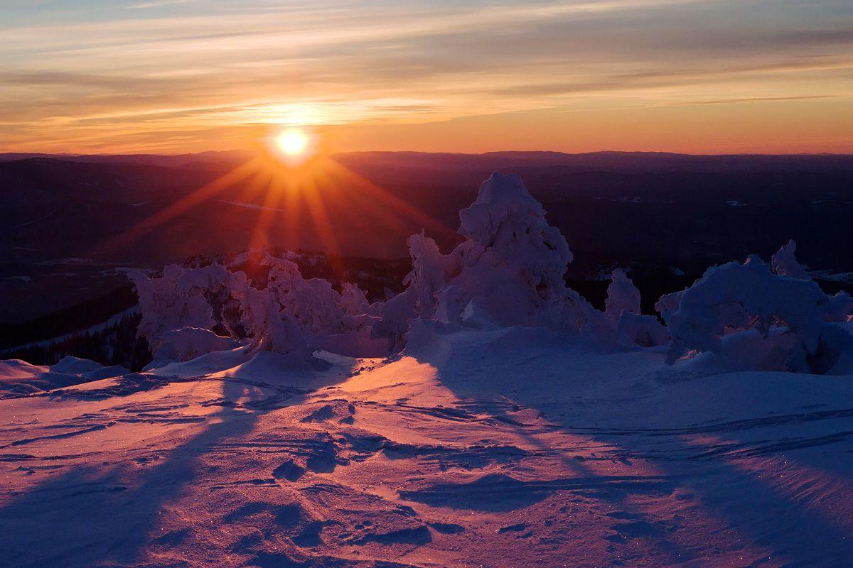 10 Солнце коснулось горизонта, но цветовая феерия на этом не закончилась!...