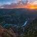 По своей глубине (1920 метров) каньон превосходит знаменитый каньон Колорадо.
