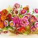 Букет цветов с кизилом