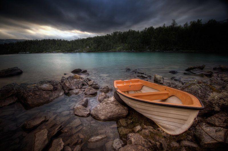 Таинственное озеро...photo preview
