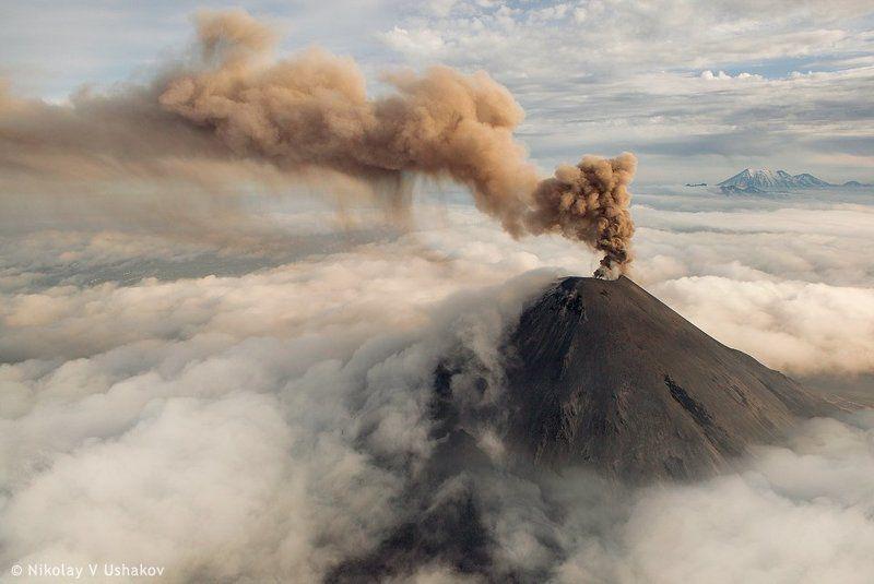 Вулкан Карымскийphoto preview