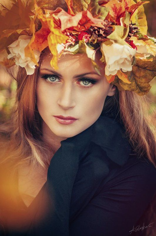 Priestess of Autumnphoto preview