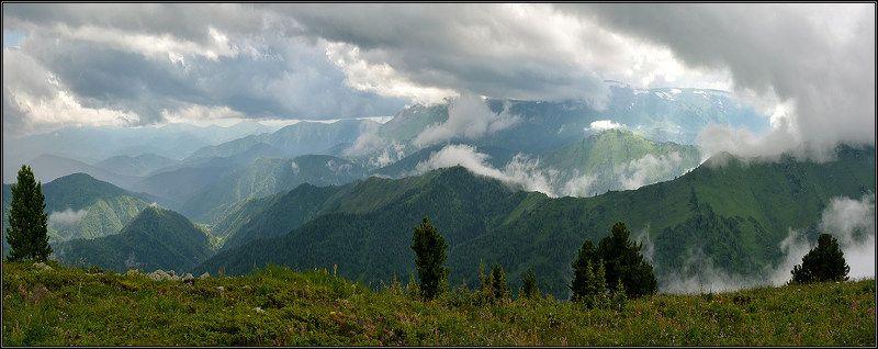 В горах после грозыphoto preview