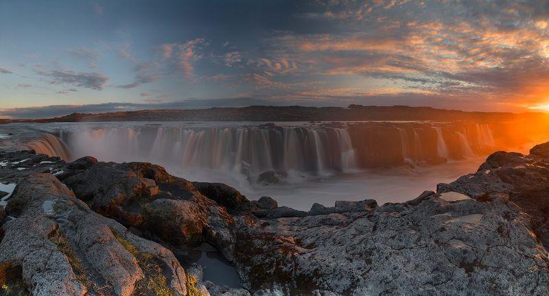 Сельфосс. Панорама на закате.photo preview