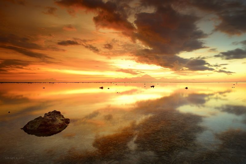 Закат на острове Gili Travanganphoto preview