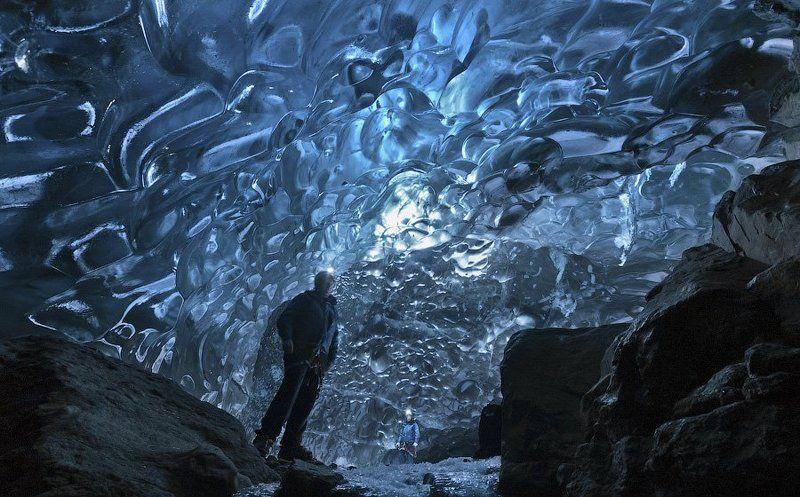 Ледниковые пещерыphoto preview
