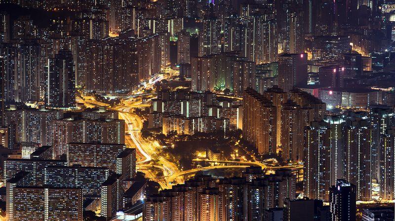 hong kong, kowloon, long exposore Golden riverphoto preview