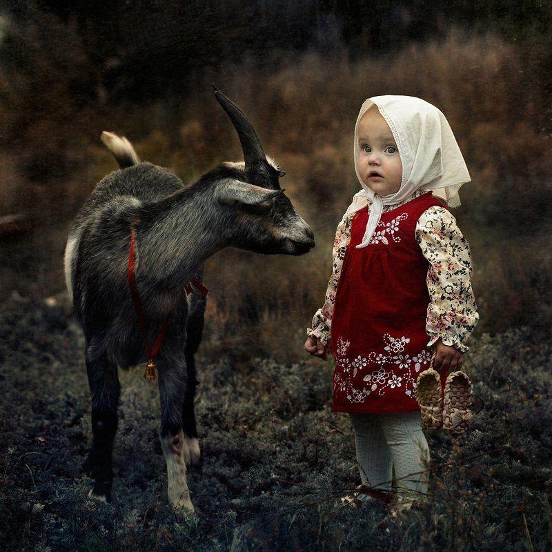 девочка, дети, козел, лапти, сказка Как в сказке...photo preview