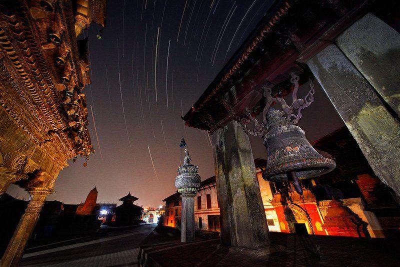архитектура, бхактапур, звезды, индуизм, непал, ночь, храм Звездная ночь в Бхактапуре. Непалphoto preview
