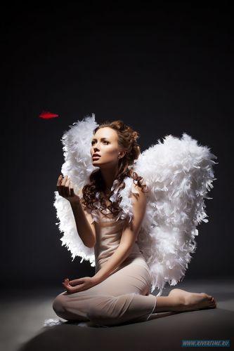 девушка в образе ангела фото картинки Белый