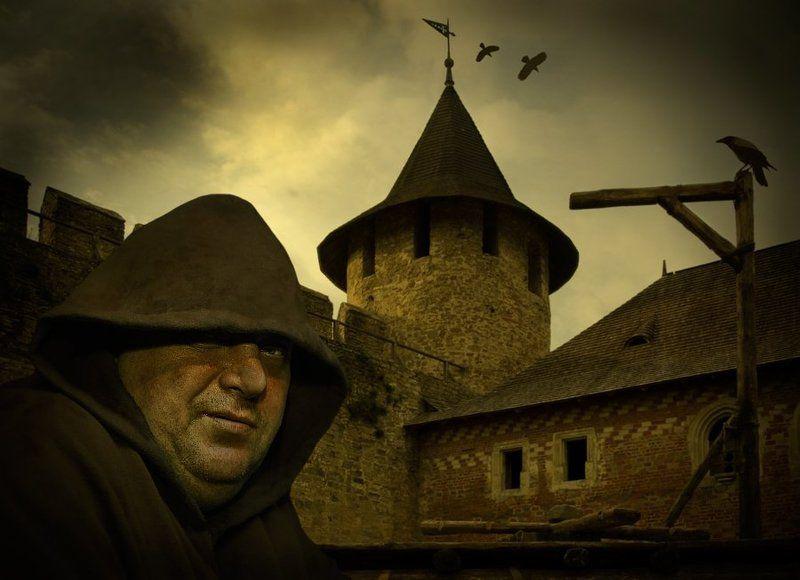 комп-арт, крепость, монах, перед казнью, lad_i_mir Перед казньюphoto preview