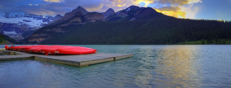 Lake Louise.Evening.photo preview