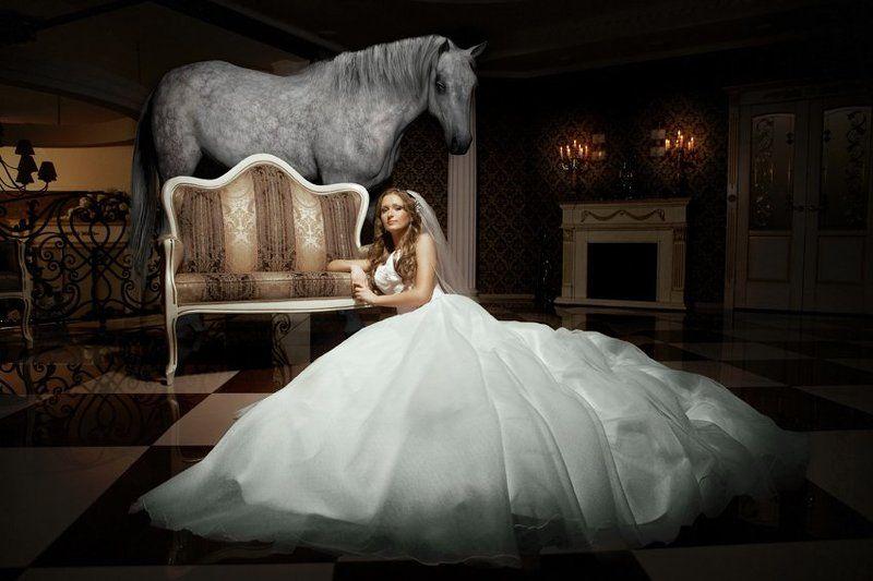 Деревянная лошадка.photo preview