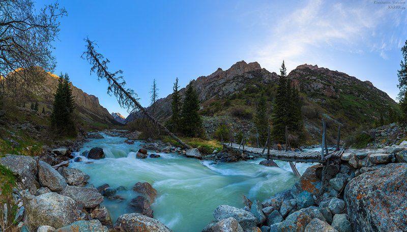 Ущелье Ала-Арча, Киргизия.photo preview