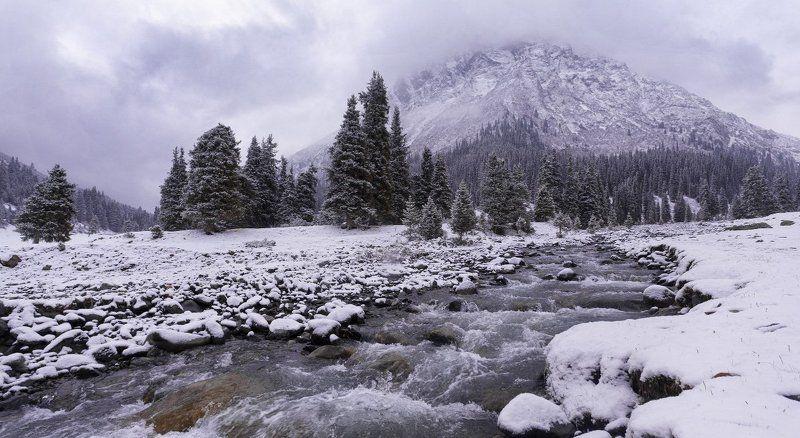 Киргизия. Долина реки Арашанphoto preview