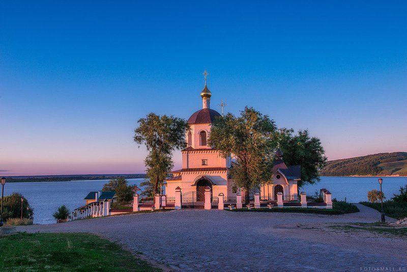 Свияжск, Татарстан, Храм святых равноапостольных Кон Свияжскphoto preview