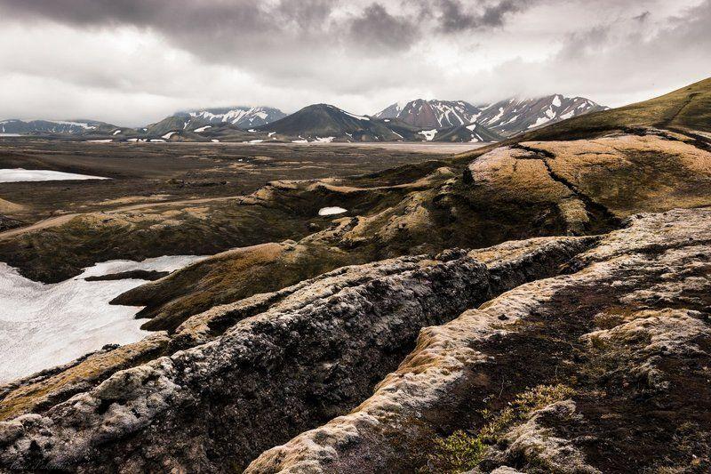 Iceland, Горы, Исландия, Снег В цветных горахphoto preview