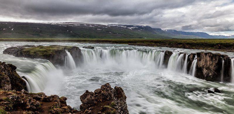 Iceland, Водопад, Исландия, Пейзаж У чаши водопада (водопад Годафосс /  Godafoss)photo preview