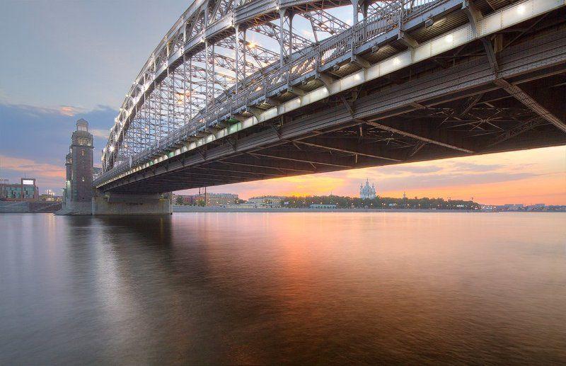 Смольный под Большеохтинским мостомphoto preview