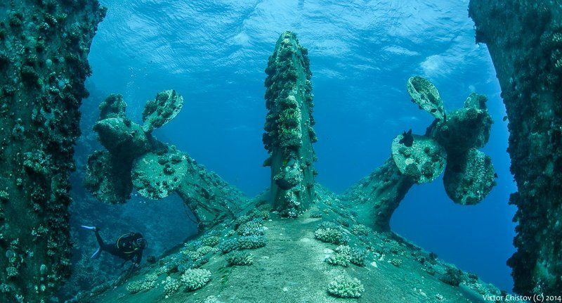 underwater, wreck, poseidonia Poseidoniaphoto preview