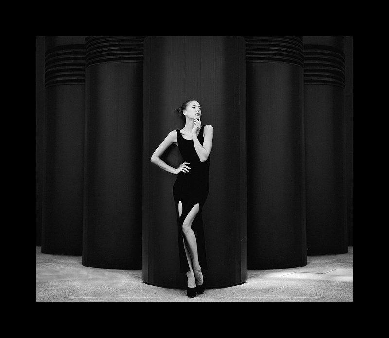 B&w, Dress, Portrait photo preview