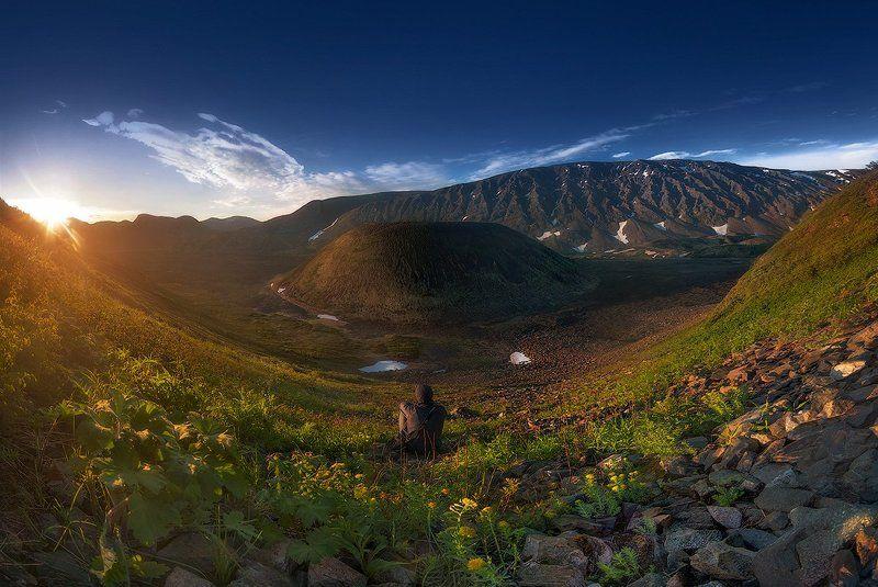 Восход солнца. Вулкан Кропоткина.photo preview