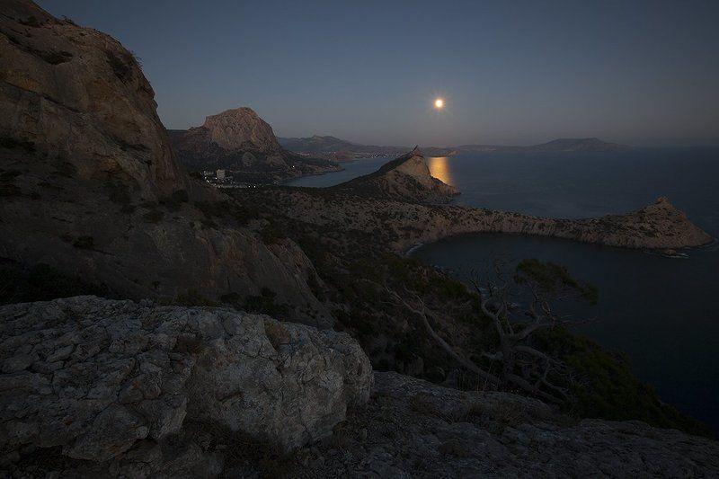 пейзаж., море., ночь., луна., крым., берег. Киммерия.photo preview