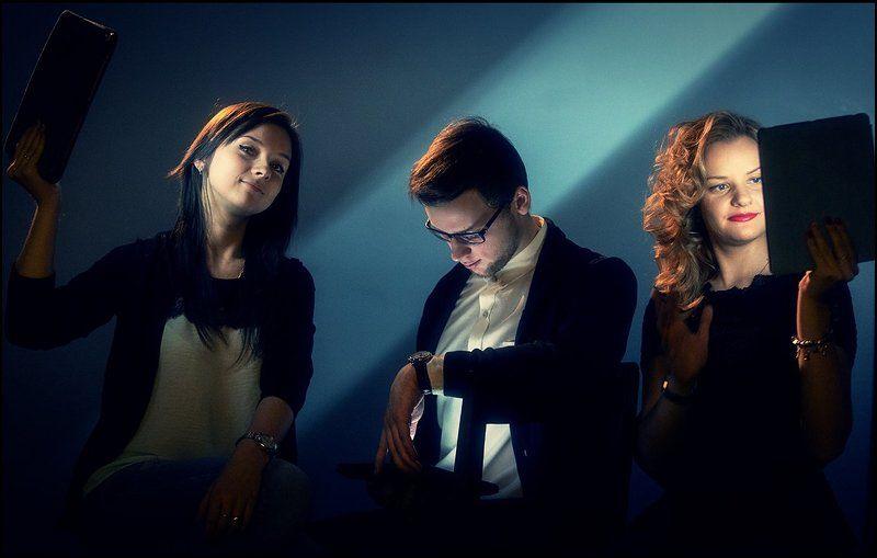 SelfLighting или «Когда бастуют осветители, модели освещают себя сами»photo preview
